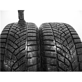 Použité-Pneu-Bazar - 215/60 R16 GOODYEAR ULTRAGRIP PERFORMANCE  8mm