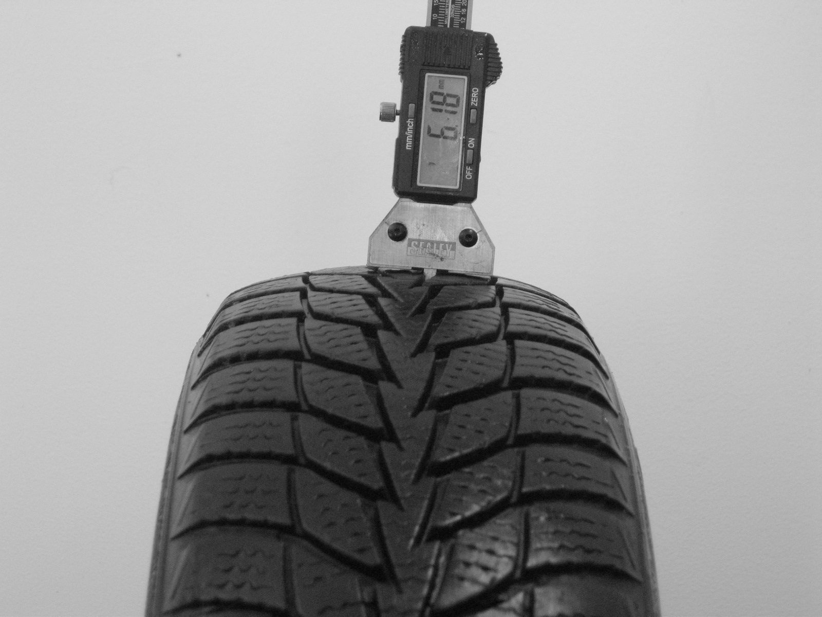 Použité-Pneu-Bazar - 155/70 R13 MATADOR MP52 NORDICA BASIC -kusovka-rezerva 3mm