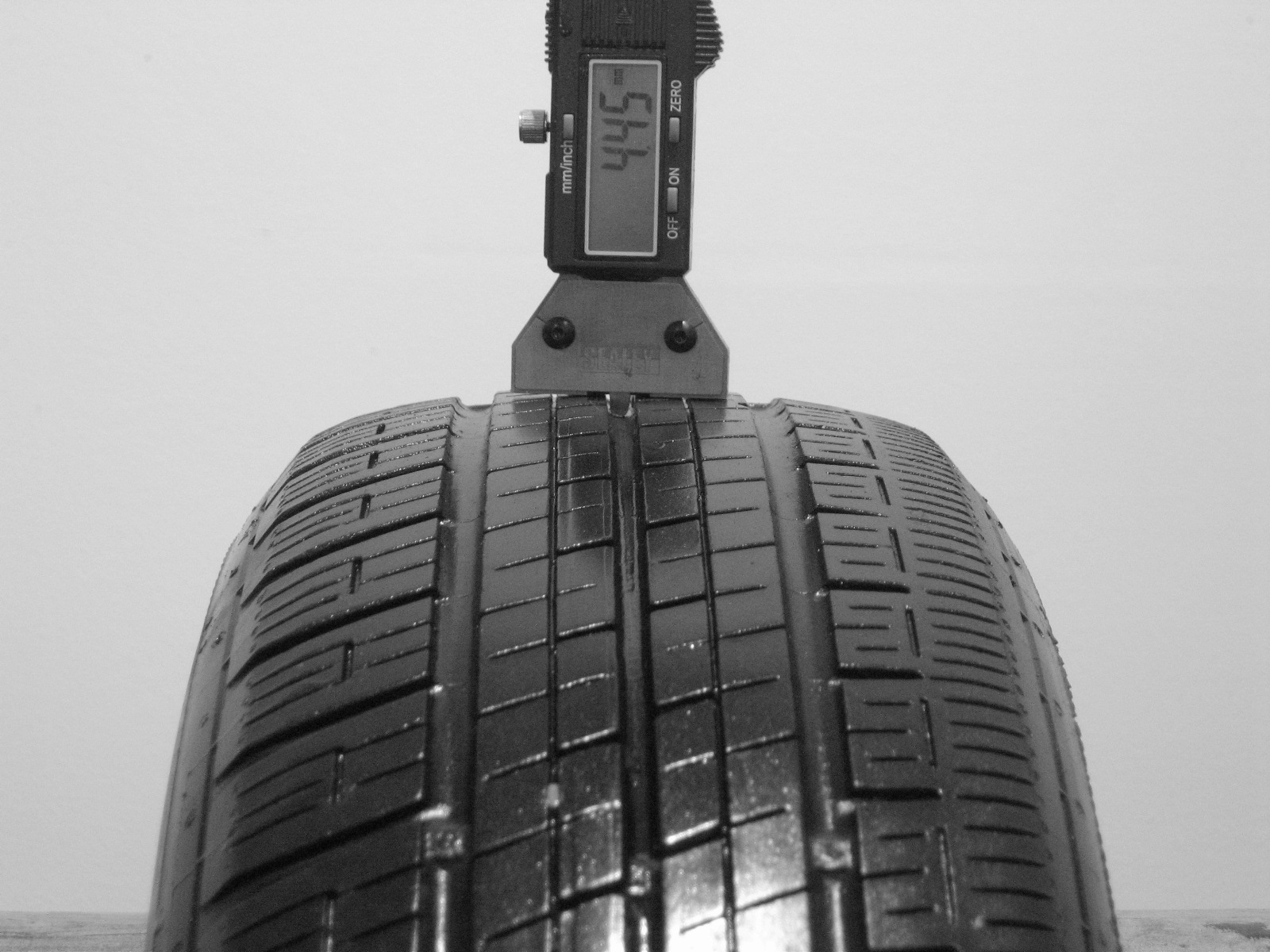 Použité-Pneu-Bazar - 165/70 R14 DUNLOP SP10A 3mm