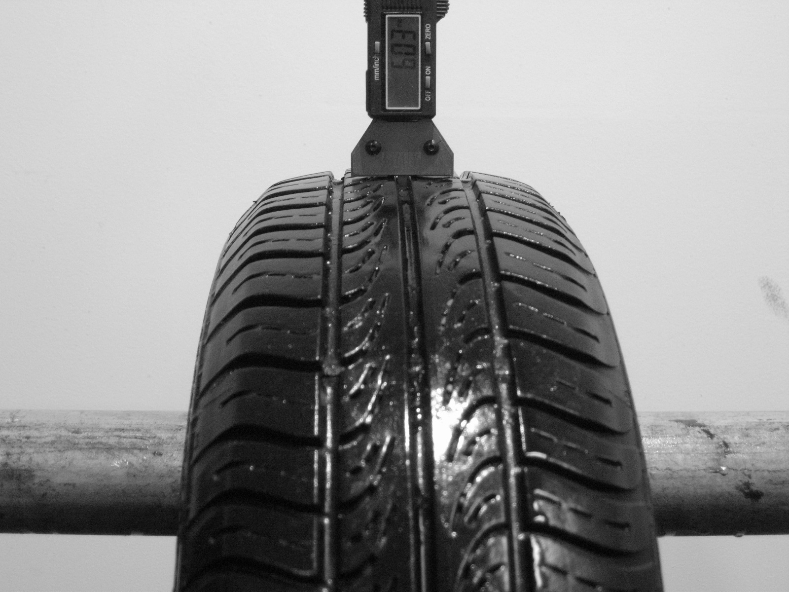 Použité-Pneu-Bazar - 165/70 R13 GISLAVED SPEED 616 -kusovka-rezerva 3mm