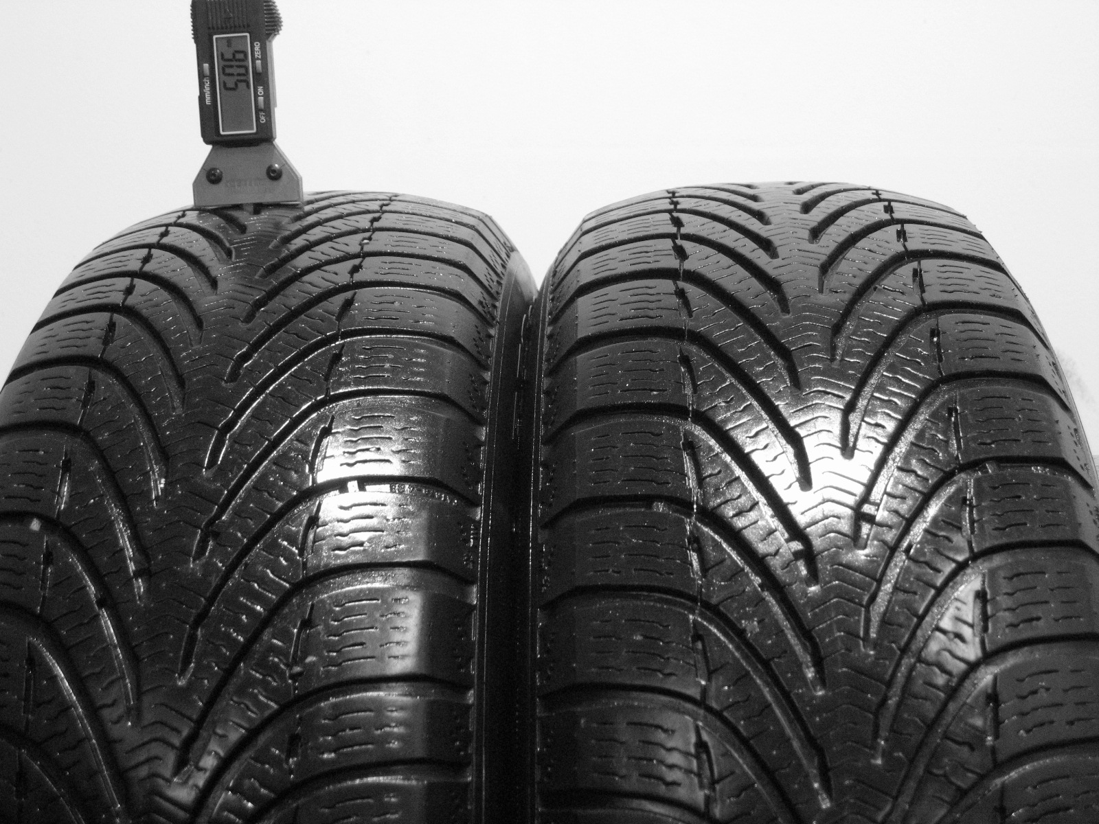 Použité-Pneu-Bazar - 195/65 R15 BF GOODRICH G-FORCE WINTER 3mm