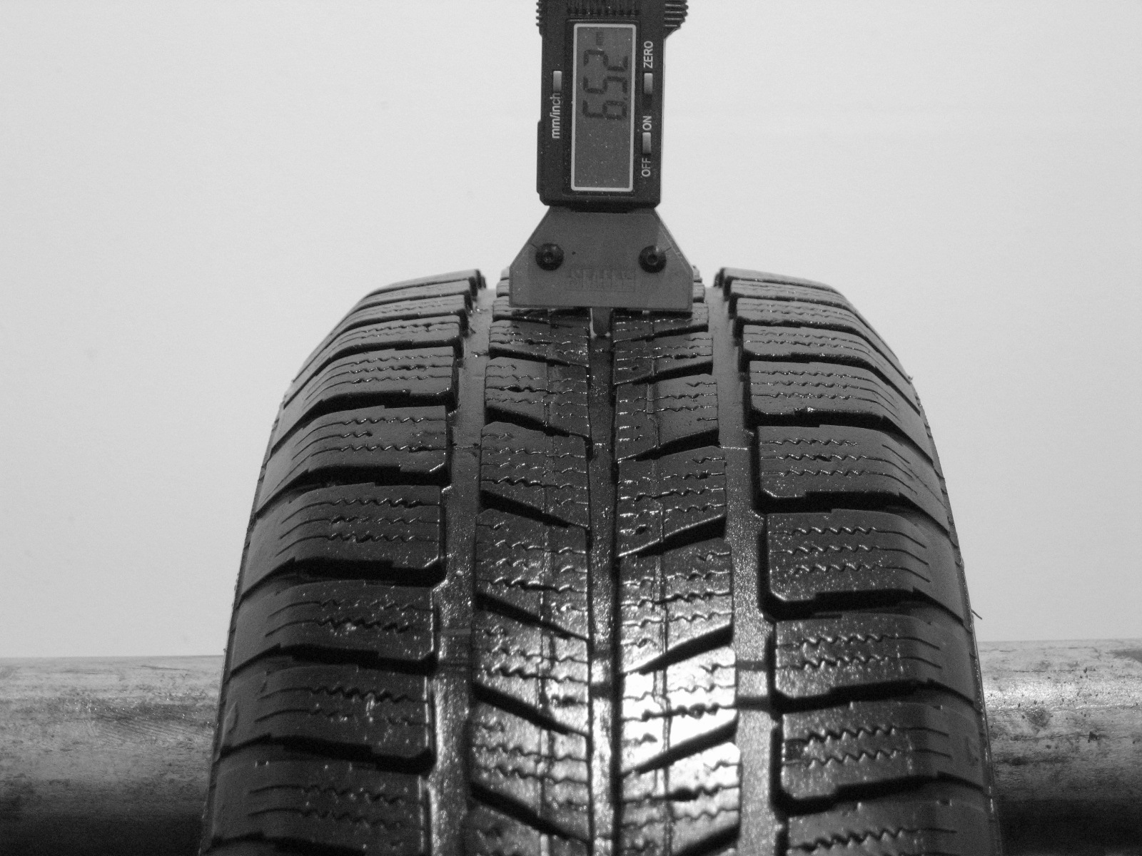 Použité-Pneu-Bazar - 165/65 R14 BARUM POLARIS OR60-kusovka-rezerva 3mm