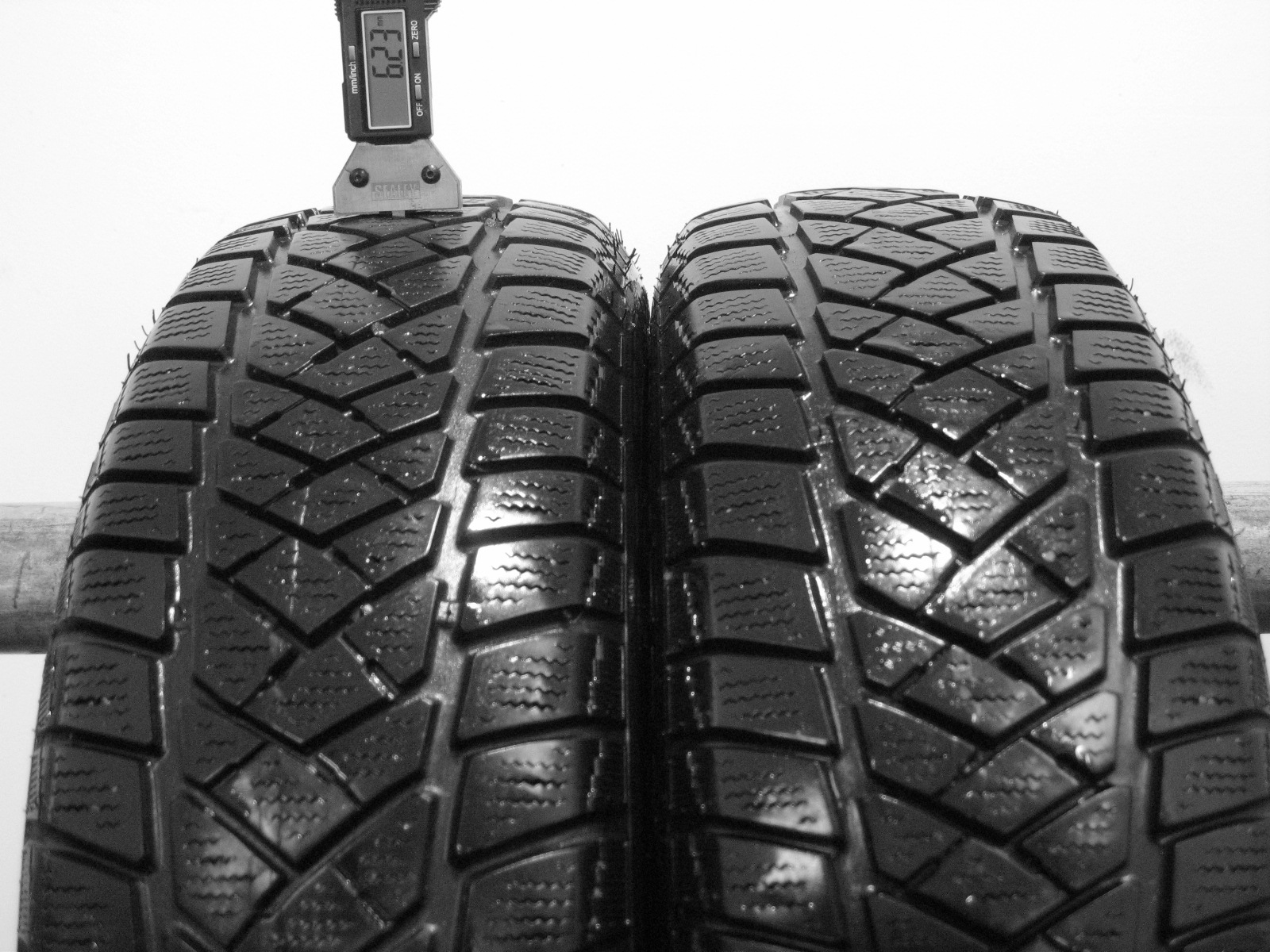 Použité-Pneu-Bazar - 175/65 R15 DUNLOP SP WINTERSPORT M2 3mm