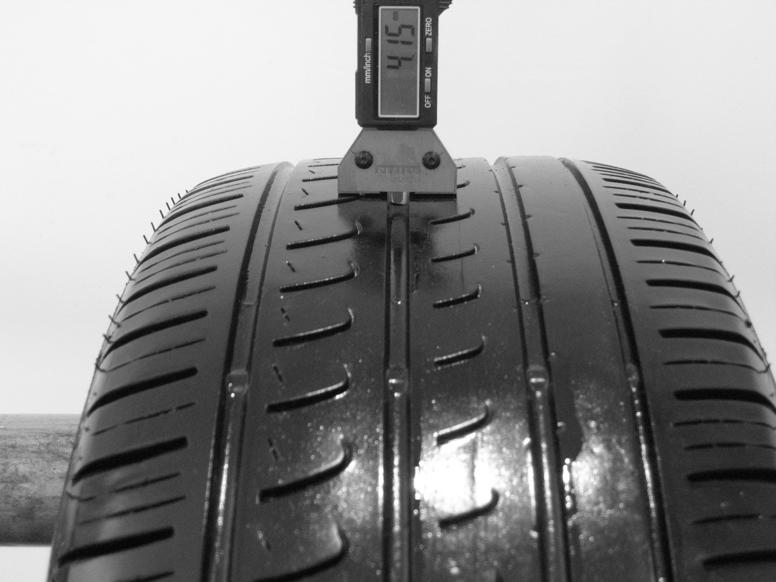 Použité-Pneu-Bazar - 225/50 R16 PIRELLI P7-kusovka-rezerva 3mm