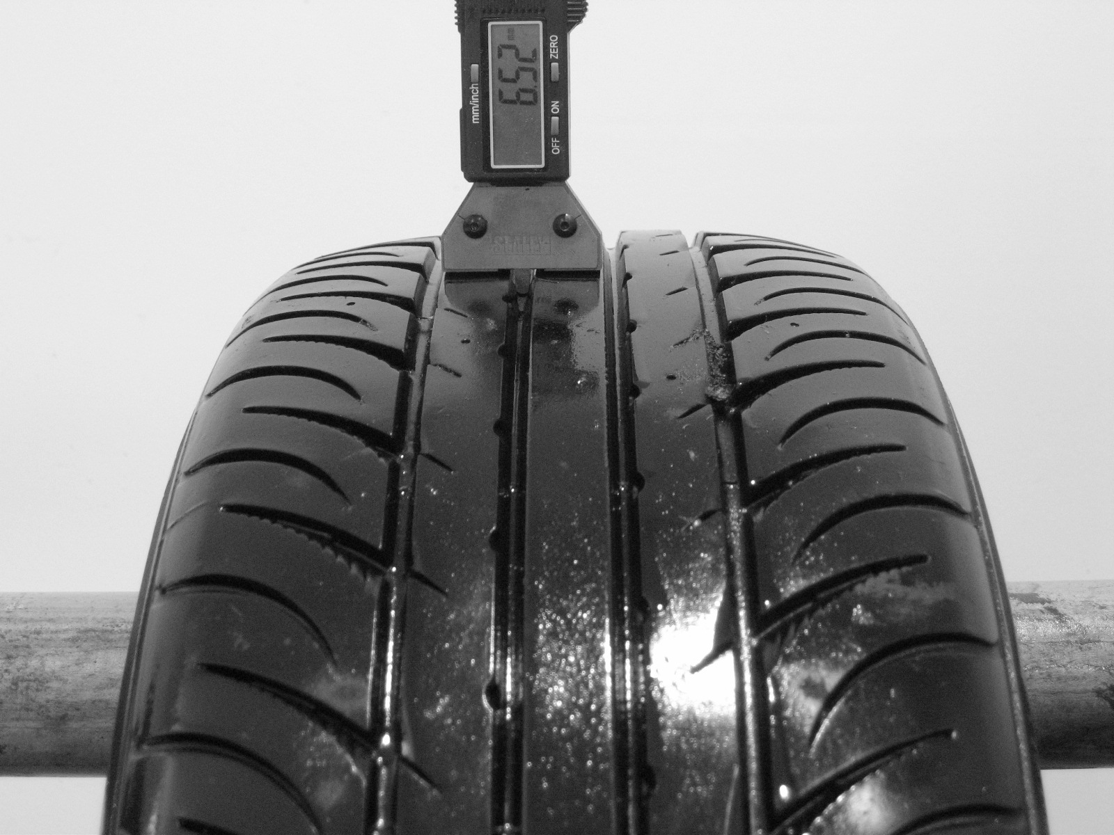 Použité-Pneu-Bazar - 205/55 R16 KUMHO ECSTA SPT 91V-kusovka-rezerva 3mm
