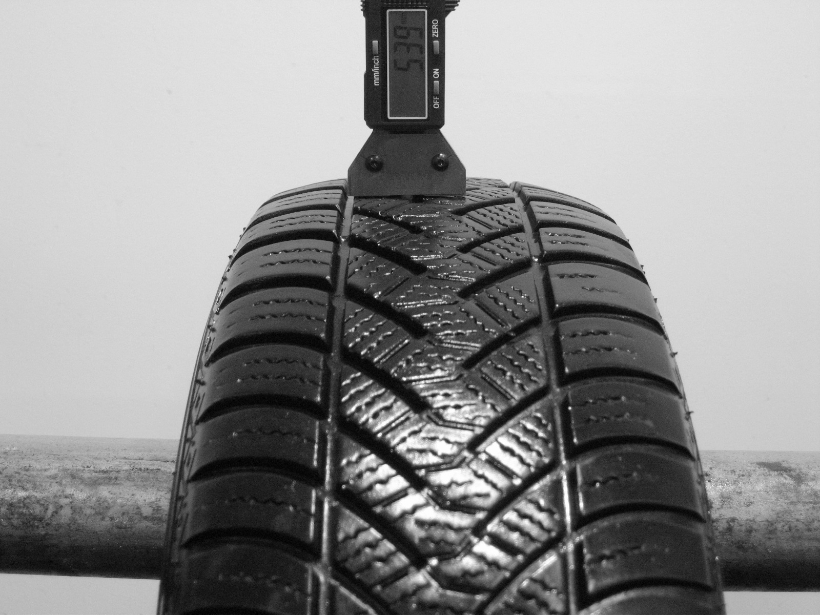 Použité-Pneu-Bazar - 175/65 R14 MAXXIS ALL SEASON AP2-kusovka-rezerva 3mm