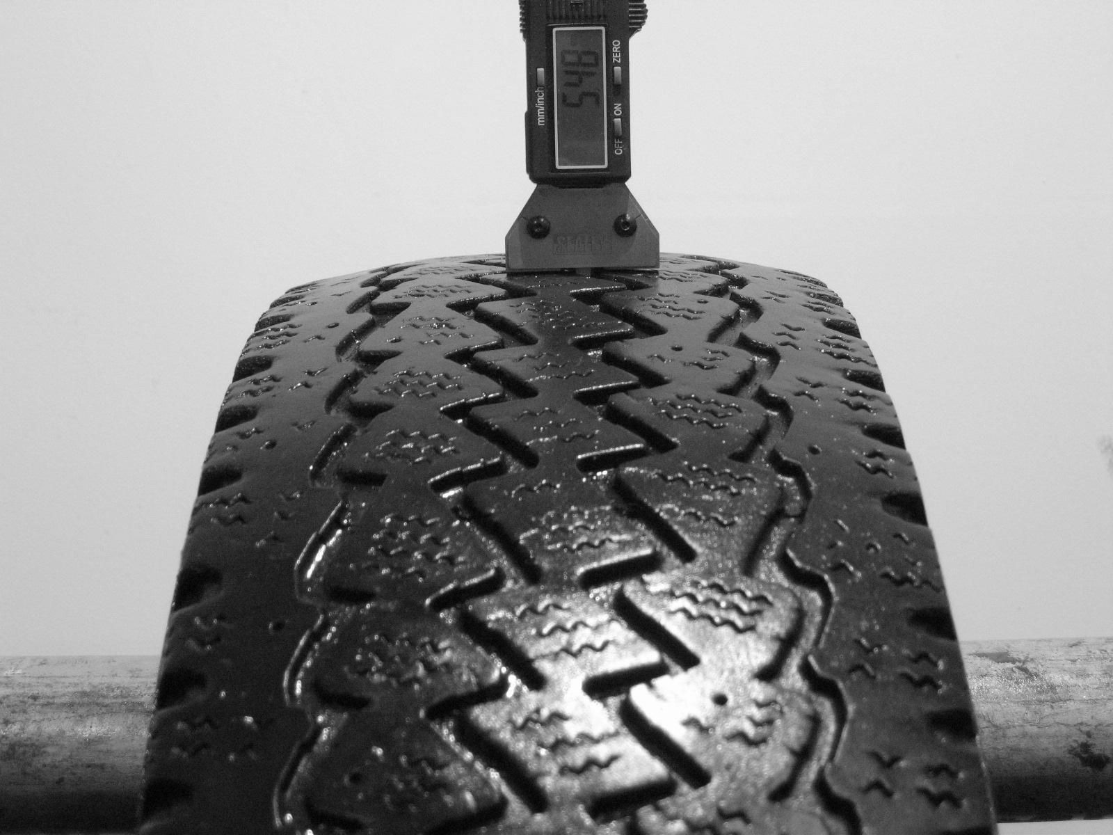 Použité-Pneu-Bazar - 195/70 R15 C GISLAVED NORDFROST C -kusovka-rezerva 3mm