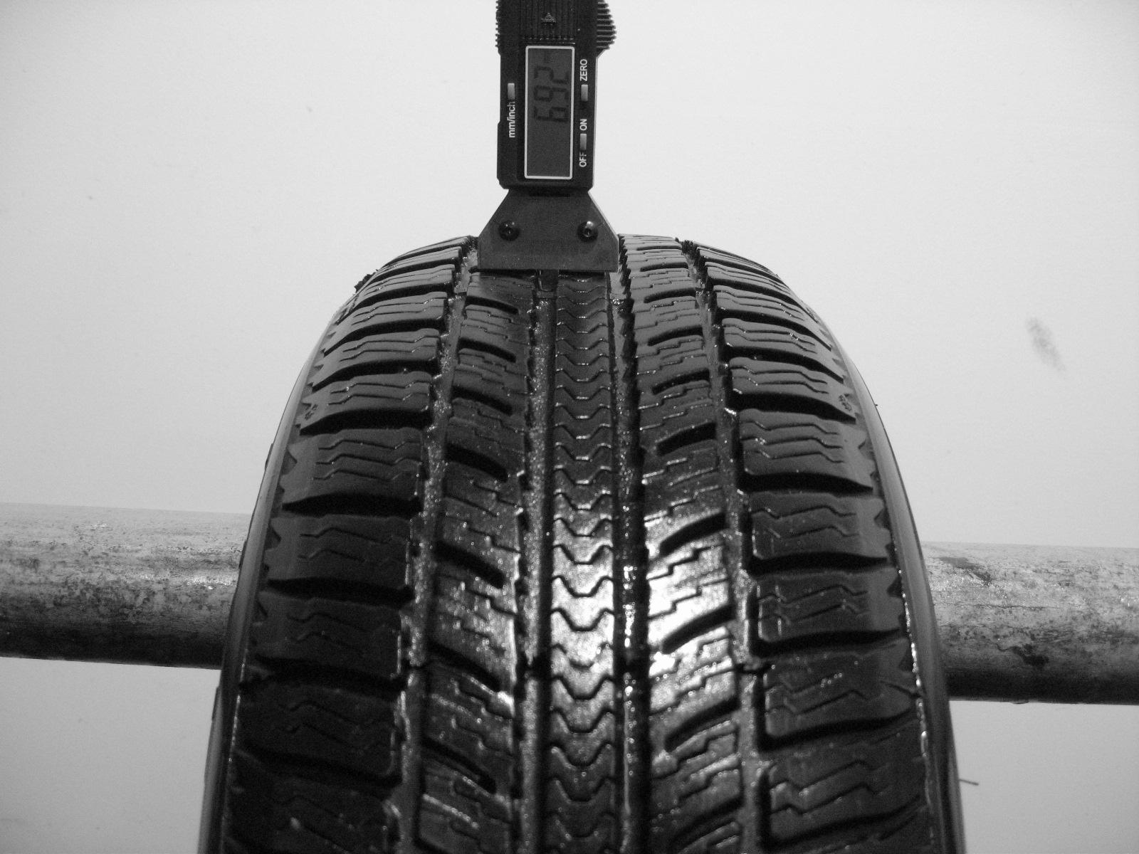 Použité-Pneu-Bazar - 185/60 R14 BF GOODRICH WINTER G -kusovka-rezerva 3mm