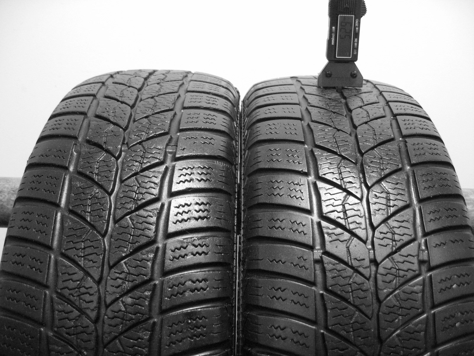 Použité-Pneu-Bazar - 195/65 R15 BARUM POLARIS 2 3mm
